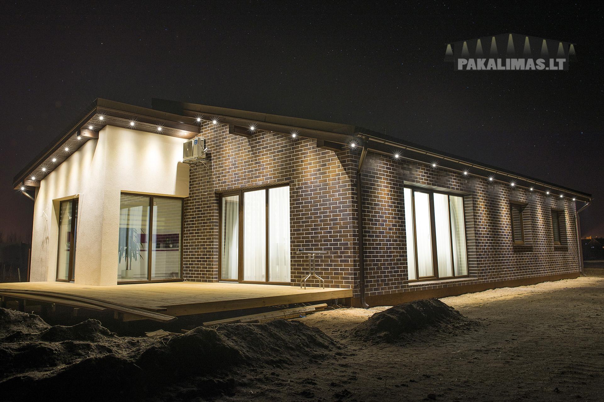 LED apšvietimas pakalimuose